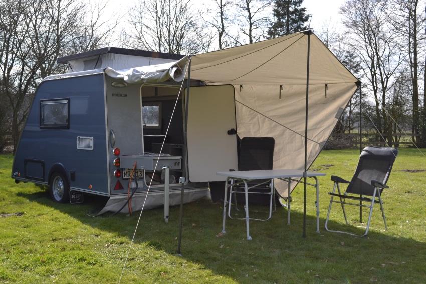 Wohnwagen Mit Außenküche : Wohnwagen sind altbacken von wegen! wohnmobil mieten top preise